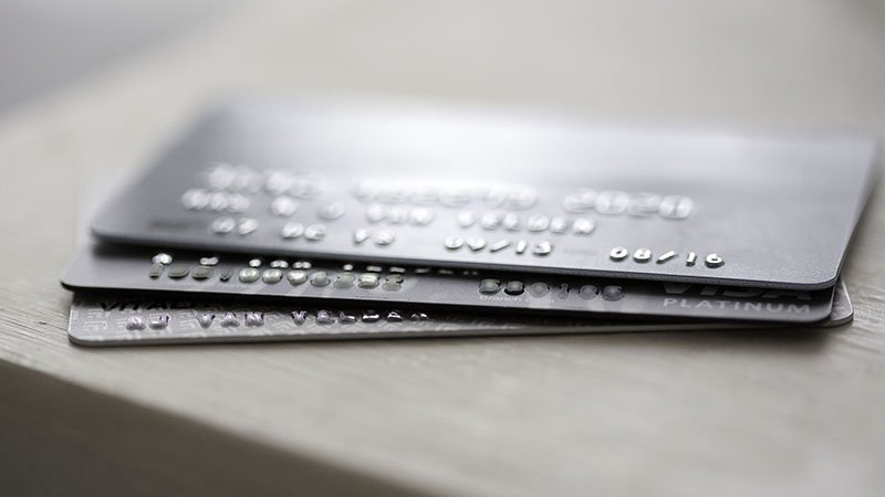 picture of a stack of credit cards