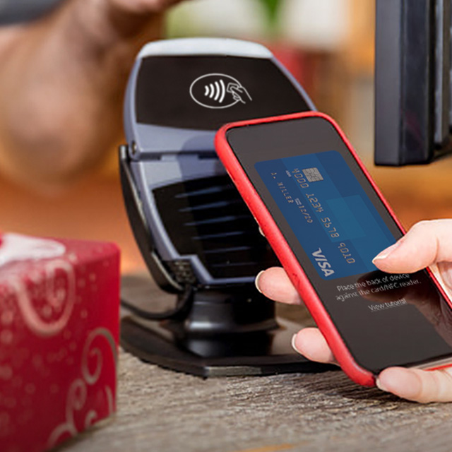 Contactless payment with Visa